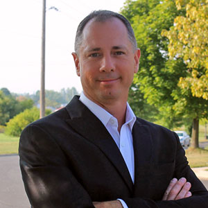 Wade Kovacic Low Commission Whitby Real Estate Agent